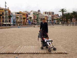 villajoyosa 300x225 - El Trenet de La Marina. ¿Te subes al tram de Alicante?