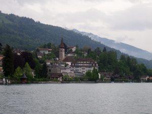 p5111657 2 300x225 - Barco del lago Thun gratis con tu pase de Interrail