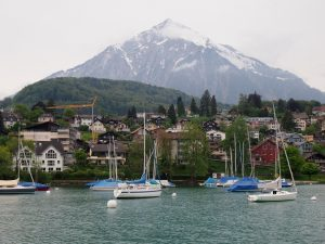 p5111683 2 300x225 - Barco del lago Thun gratis con tu pase de Interrail