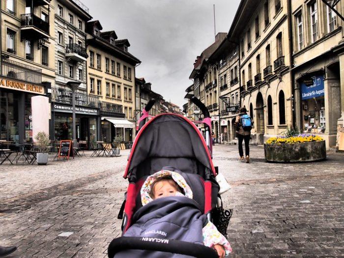 Lausanne y Friburgo en un día, recorriendo Suiza en tren