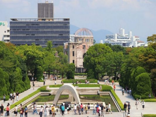 p9112557 1 e1520178462650 533x400 - Hiroshima y Miyajima en un día con bebé
