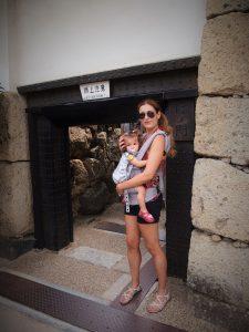 p9122712 1 225x300 - Una mañana en el Castillo de Himeji con bebé
