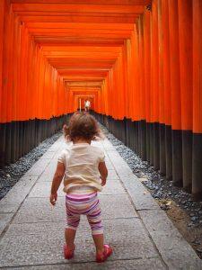 p9143064 1 225x300 - Visita al Fushimi Inari Thaisa a primera hora de la mañana