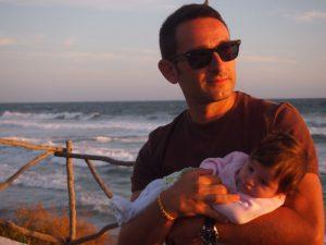 sant tomas menorca 2 300x225 - Menorca con bebés