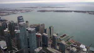cnn tower vistas 2 300x169 - Visitando Toronto con bebé, nuestro paso por Canadá