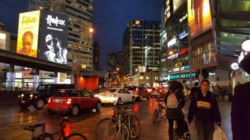 dundas toronto 3 e1582476711322 - Visitando Toronto con bebé, nuestro paso por Canadá