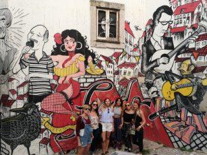 fado alfama 2 300x225 - Lisboa con amigas, una escapada para no olvidar