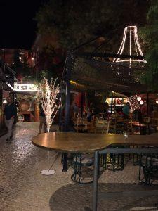 pub alfama 225x300 - Lisboa con amigas, una escapada para no olvidar