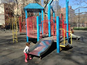 rivington playground 2 300x225 - Parques infantiles en Nueva York