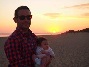 atardecer isla canela 3 300x225 - Road trip por Andalucía con bebé en una semana