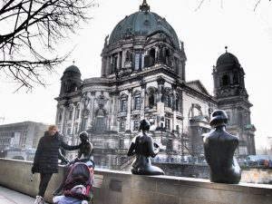 berlin isla museos 300x225 - Berlín con bebé, la capital alemana en familia