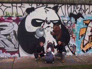 berlin muro 3 300x225 - Berlín con bebé, la capital alemana en familia