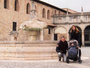 burgos las huelgas 2 300x225 - Burgos con bebé, descubriendo Castilla y León en familia