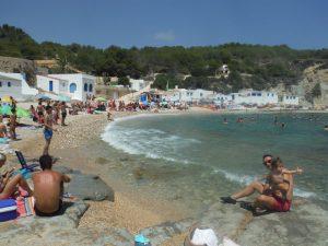 cala barraca 300x225 - El Cabo de la Nao y sus playas con bebé