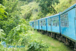 TrenSriLanka 300x200 - Experiencias increíbles viajando en tren