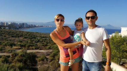 faro cabo huertas 2 e1582285446890 425x239 - Imprescindibles en la Playa de San Juan con bebé