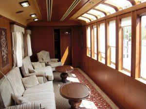 transcantabrico 300x225 - Experiencias increíbles viajando en tren
