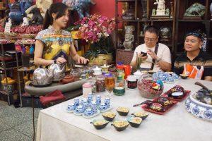 casa te bejing 2 300x200 - El Tour Pekín Imperial con niños