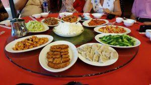 comida tour bejing 300x169 - El Tour Pekín Imperial con niños