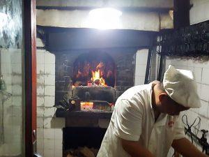 li qun roast duck 300x225 - ¿Dónde comer el mejor Pato laqueado en Beijing?