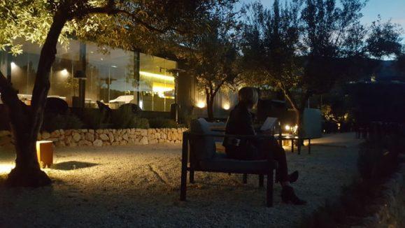 hotel_vivood_de_noche