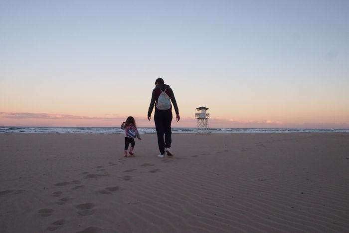 La playa de Gandía con niños en un hotel todo incluido