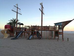 villa luz gandia 7 300x225 - La playa de Gandía con niños en un hotel todo incluido