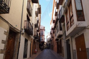 calles morella1 300x200 - Disfrutando Morella en familia. ¿Te animas?