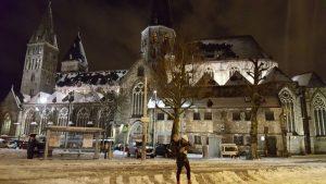 gante noche3 300x169 - Gante con niños en Navidad, viaje a Flandes en familia