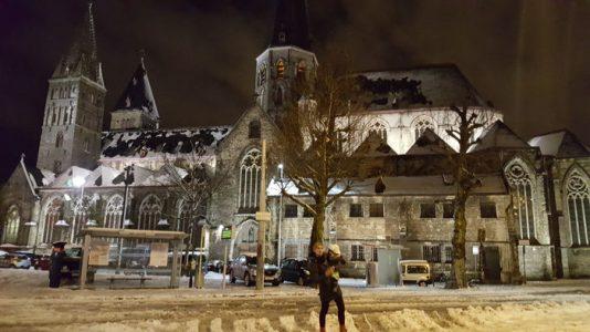 gante noche3 534x300 - Gante con niños en Navidad, viaje a Flandes en familia