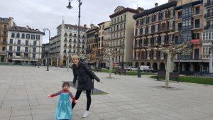 20180409 101354 300x169 - Pamplona con niños y lluvia... ¡Descubre este parque cubierto!