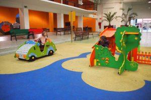 P4109001 300x200 - Pamplona con niños y lluvia... ¡Descubre este parque cubierto!