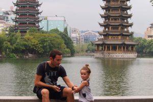guilin con niños33 300x200 - Descubriendo Guilin y el río Li con bebé
