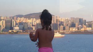grand harbour kowloon terraza 2 300x169 - Hong Kong con niños y sus 10 imprescindibles
