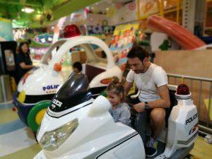 hongkong centro comercial 300x225 - Hong Kong con niños y sus 10 imprescindibles