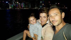 hongkong noche 2 300x169 - Hong Kong con niños y sus 10 imprescindibles
