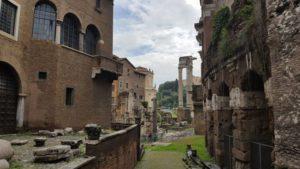 20180509 101246 300x169 - ¿Qué hacer gratis o casi gratis en Roma con niños?