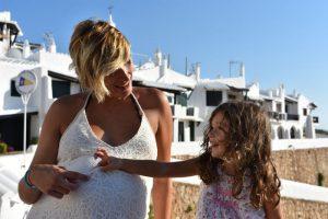 binibeca 6 300x200 - ¿Qué regalar a una madre viajera por su día? Regala experiencias...