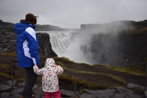 dettifoss 2 300x200 - Norte de islandia accesible para ir con niños, bebés o embarazada