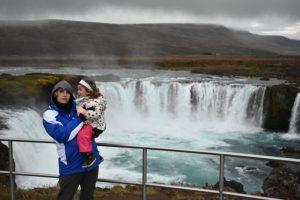 godafoss 300x200 - Norte de islandia accesible para ir con niños, bebés o embarazada