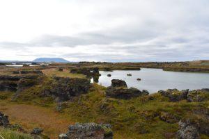 myvatn 3 300x200 - Norte de islandia accesible para ir con niños, bebés o embarazada
