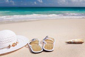beach 3369140 640 300x200 - El Caribe con niños; doble diversión