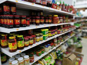 supermercado chino alicante 3 300x225 - ¿Cómo comer como un auténtico chino en Alicante?