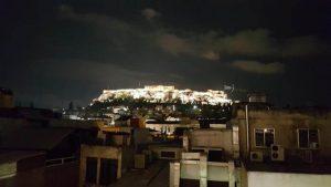 savvas vistas acropolis 300x169 - 12 imprescindibles en Atenas con niños