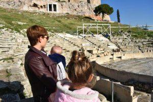 teatro dionisio 300x200 - 12 imprescindibles en Atenas con niños