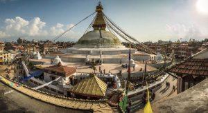 katmandu 1 300x164 - Un viaje solidario a Nepal en familia