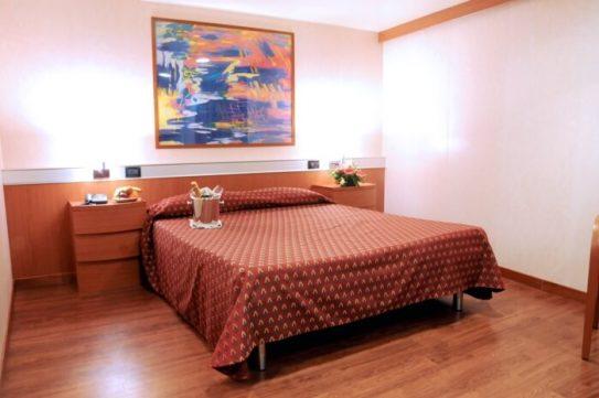 suite(1)
