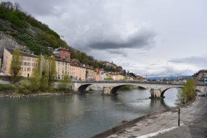 grenoble 300x200 - Tres imprescindibles en la región francesa de Auvernia-Ródano-Alpes