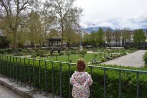 grenoble parque 300x200 - Tres imprescindibles en la región francesa de Auvernia-Ródano-Alpes