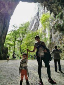 skocjan salida cueva1 225x300 - Las Cuevas de Skocjan con niños o bebés
